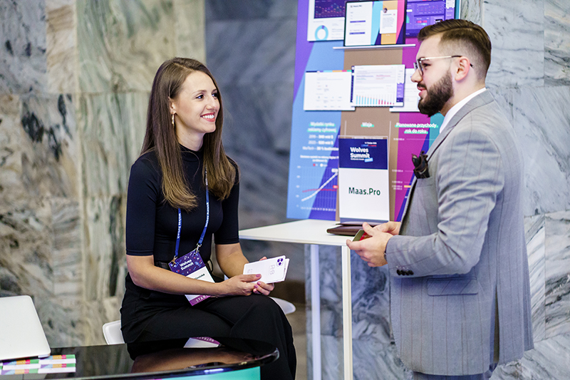 Networking Onsite at Wolves Summit 14