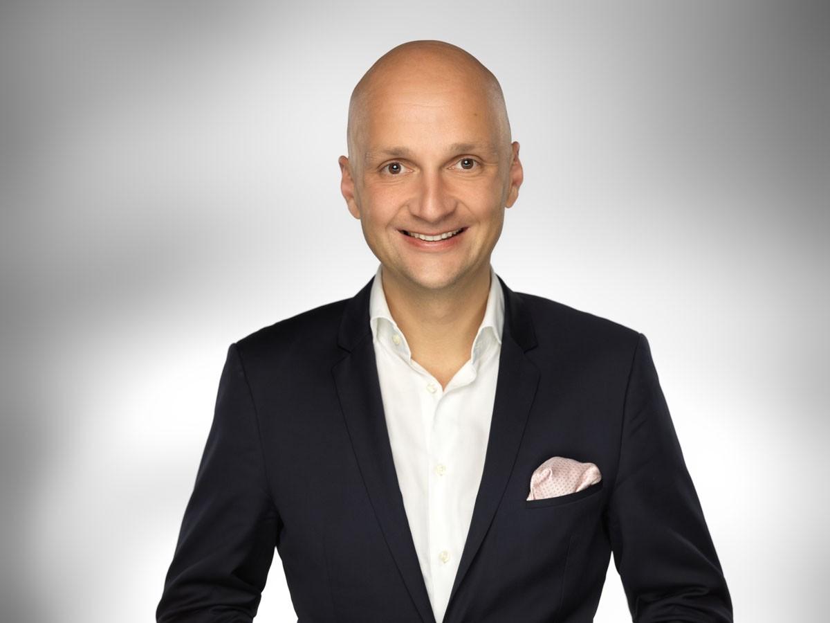 Dr Maciej Kraus